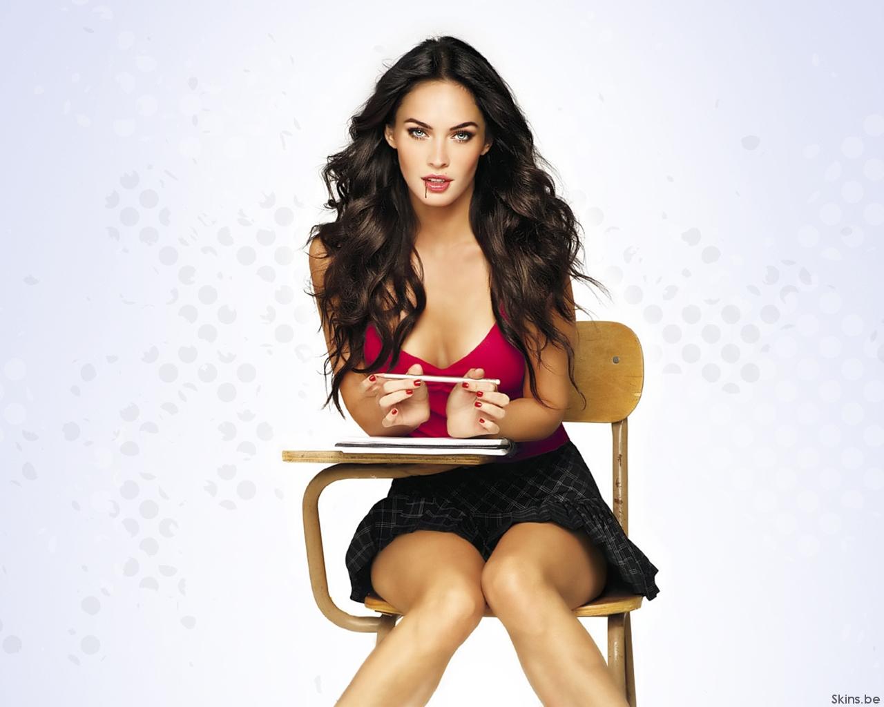 High quality Megan Fox wallpaper Celebrities Female 1280x1024 1280x1024