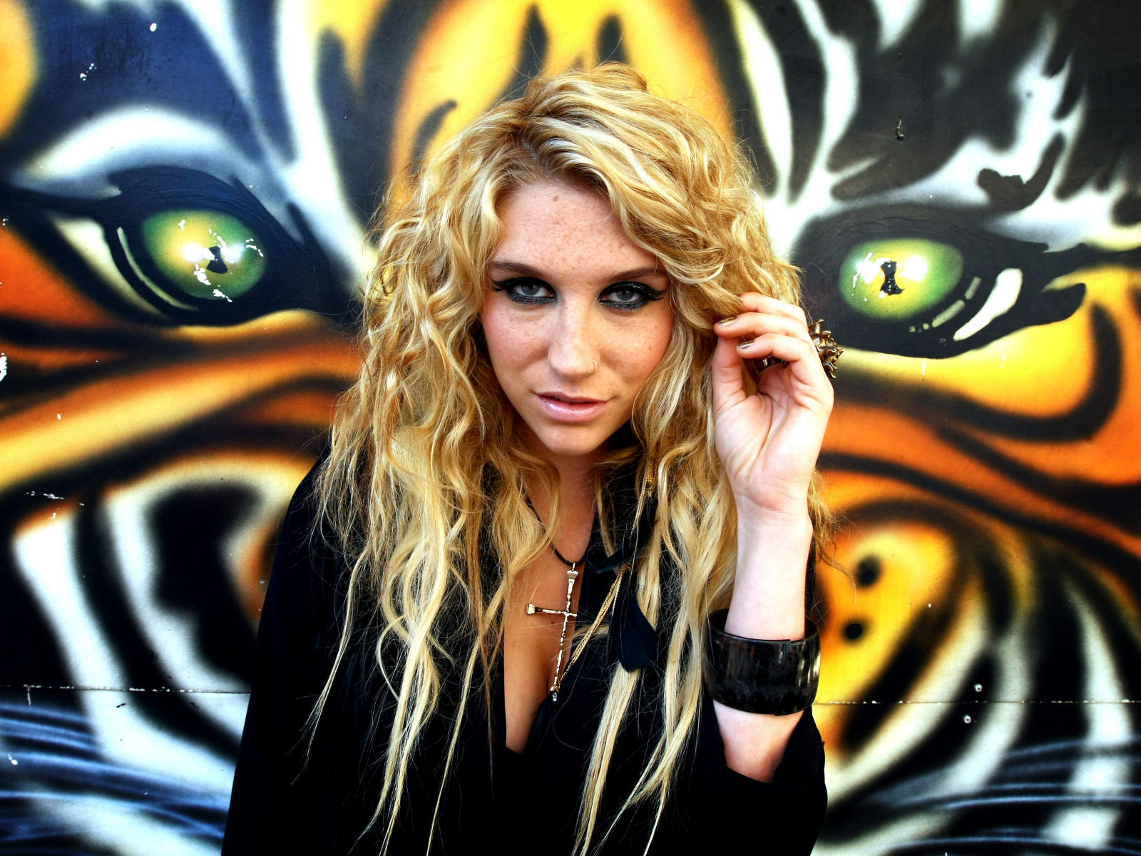 HD Kesha Wallpaper High Definition Wallpapers Stock 1600x1200