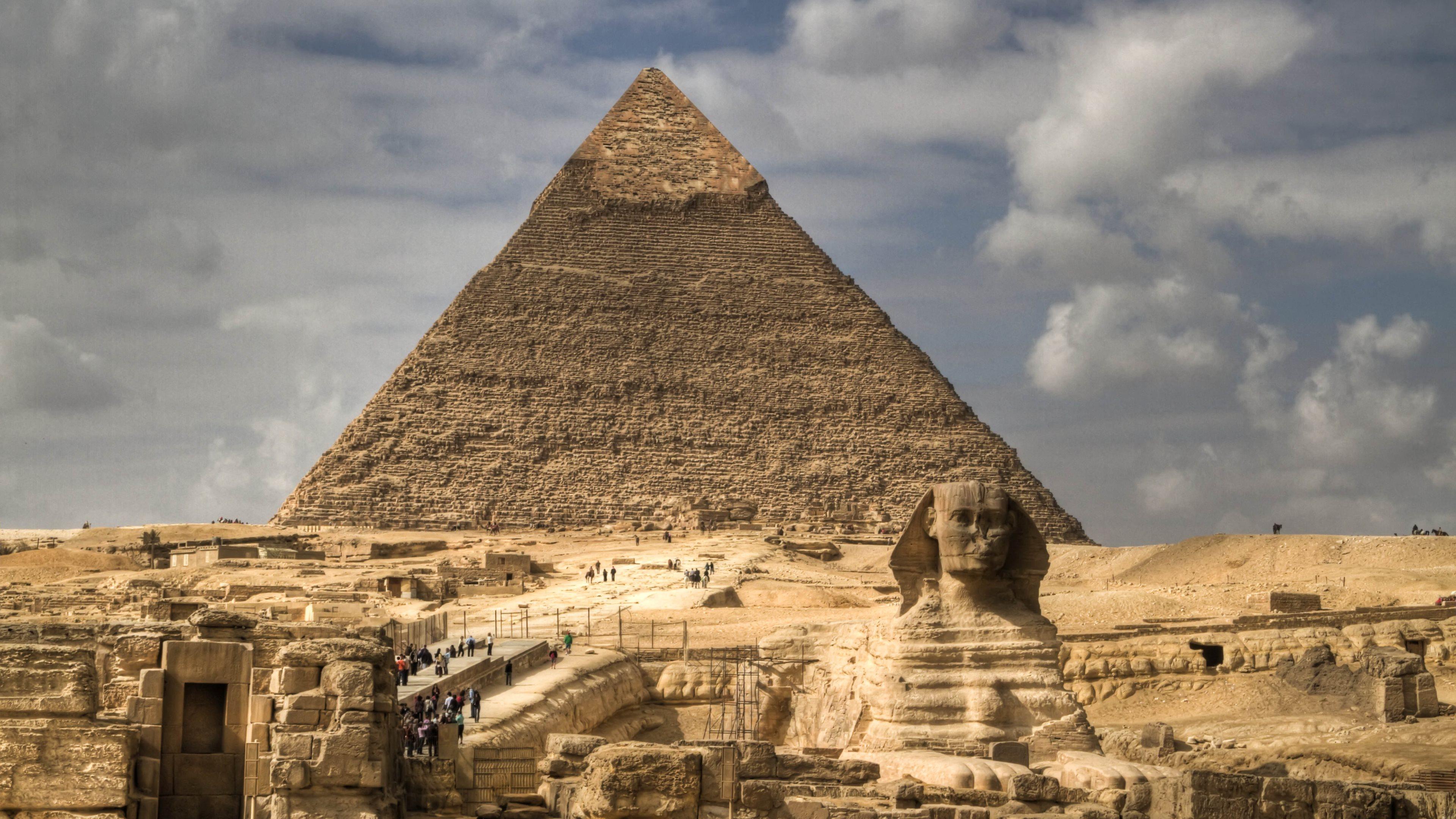 Pyramid Wallpapers