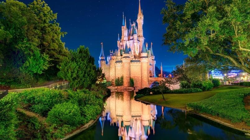 50 Disney Castle Wallpaper Hd On Wallpapersafari