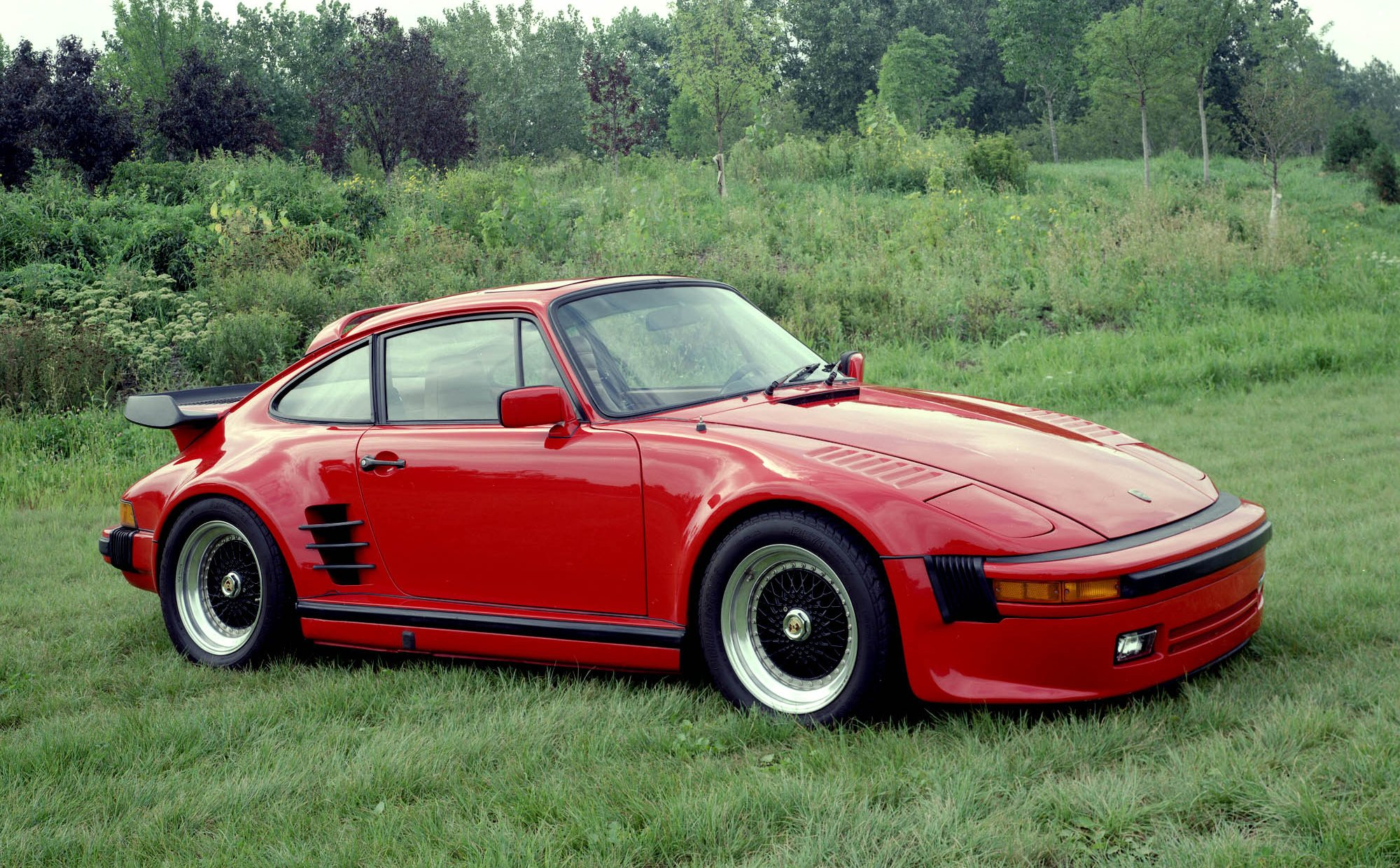 Porsche 911 Sc 25 Background Wallpaper 2000x1240