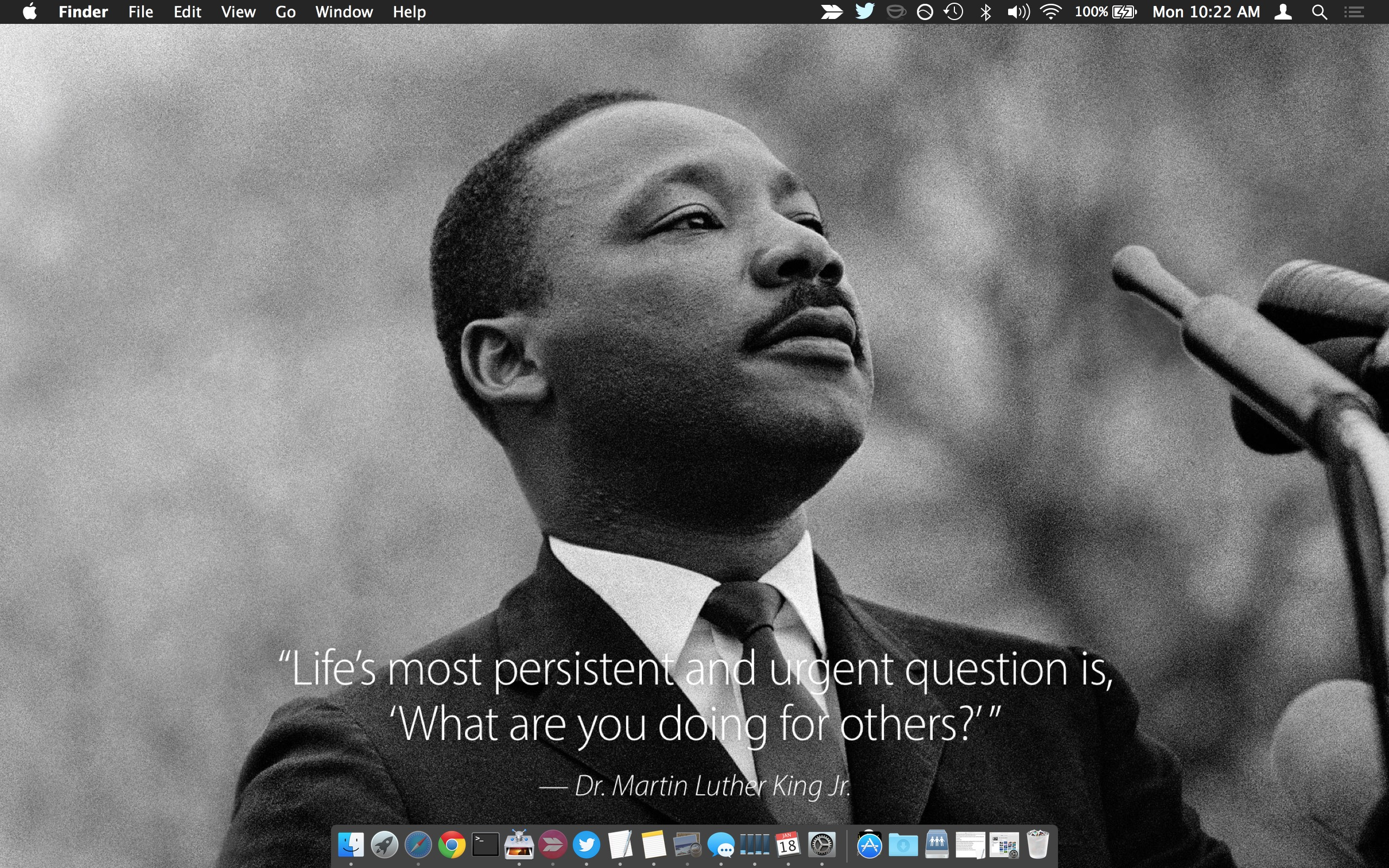 Get an Inspirational Martin Luther King Jr Quote Wallpaper from Apple 2560x1600