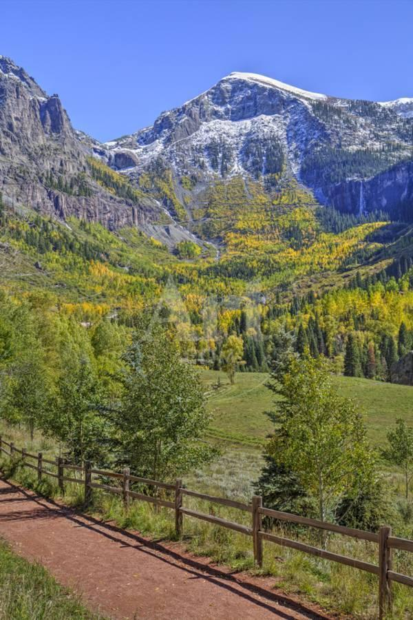 Fall Colours Telluride Western San Juan Mountains in the 600x900