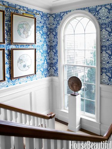 13 hbx clarence house vase wallpaper scheerer 0913 lgnjpg 375x500