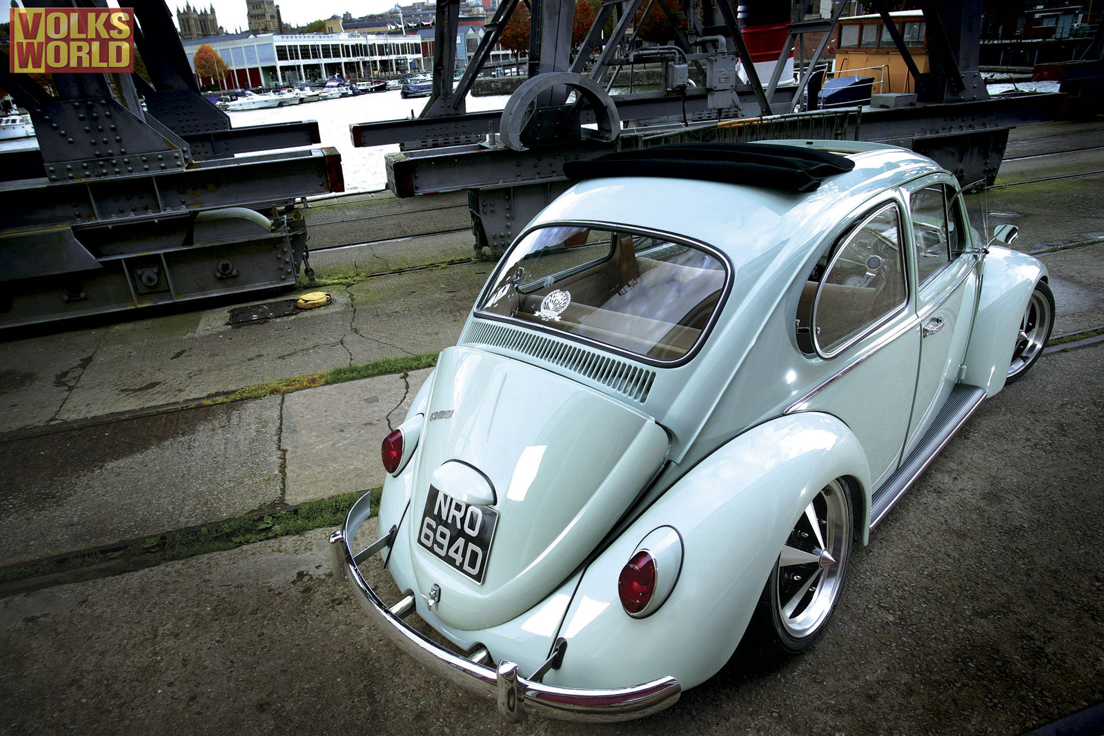vw beetle volkswagen beetle 23460456 1600 1067jpg 1600x1067