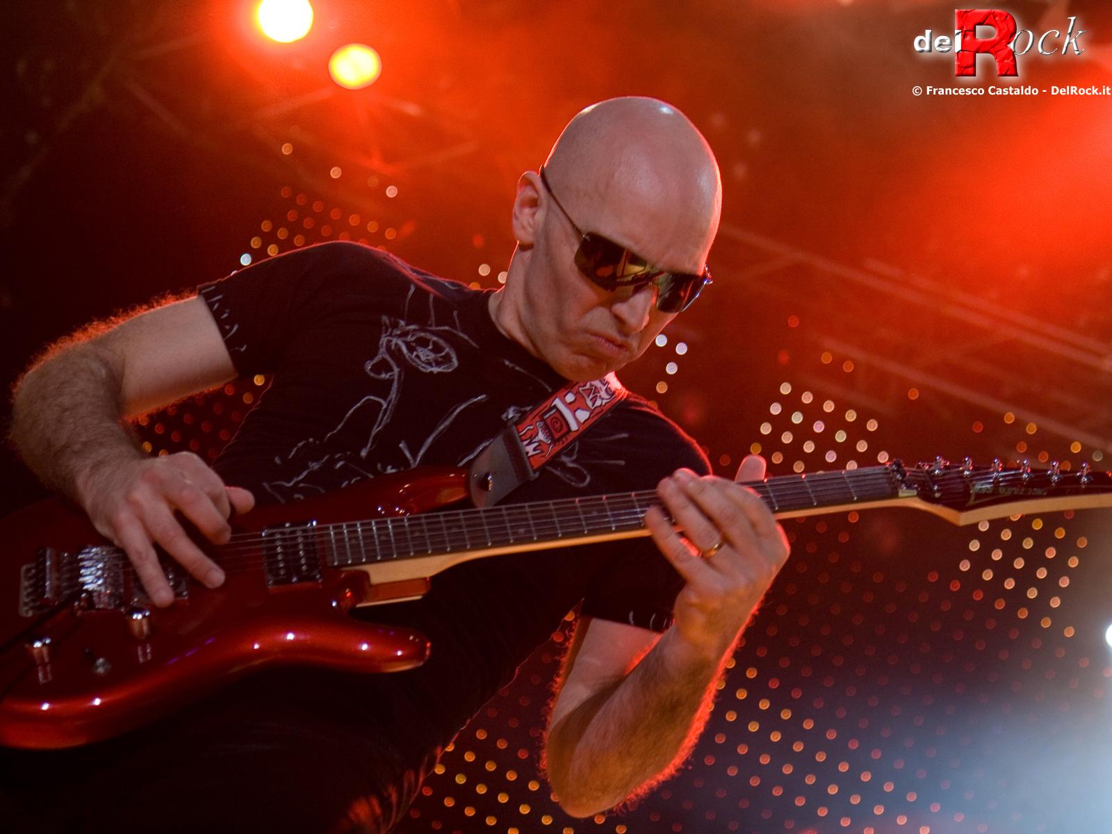 Music   Joe Satriani Wallpaper 1600x1200