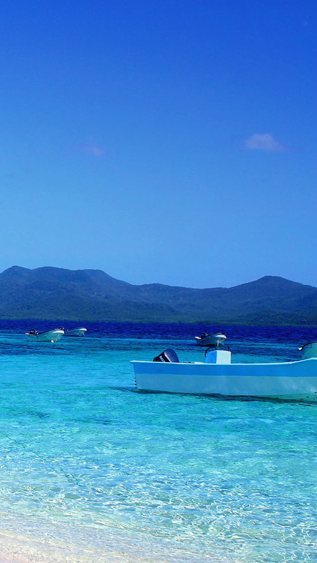 Boat and Beach iPhone 5s Wallpaper Download | iPhone Wallpapers, iPad ...