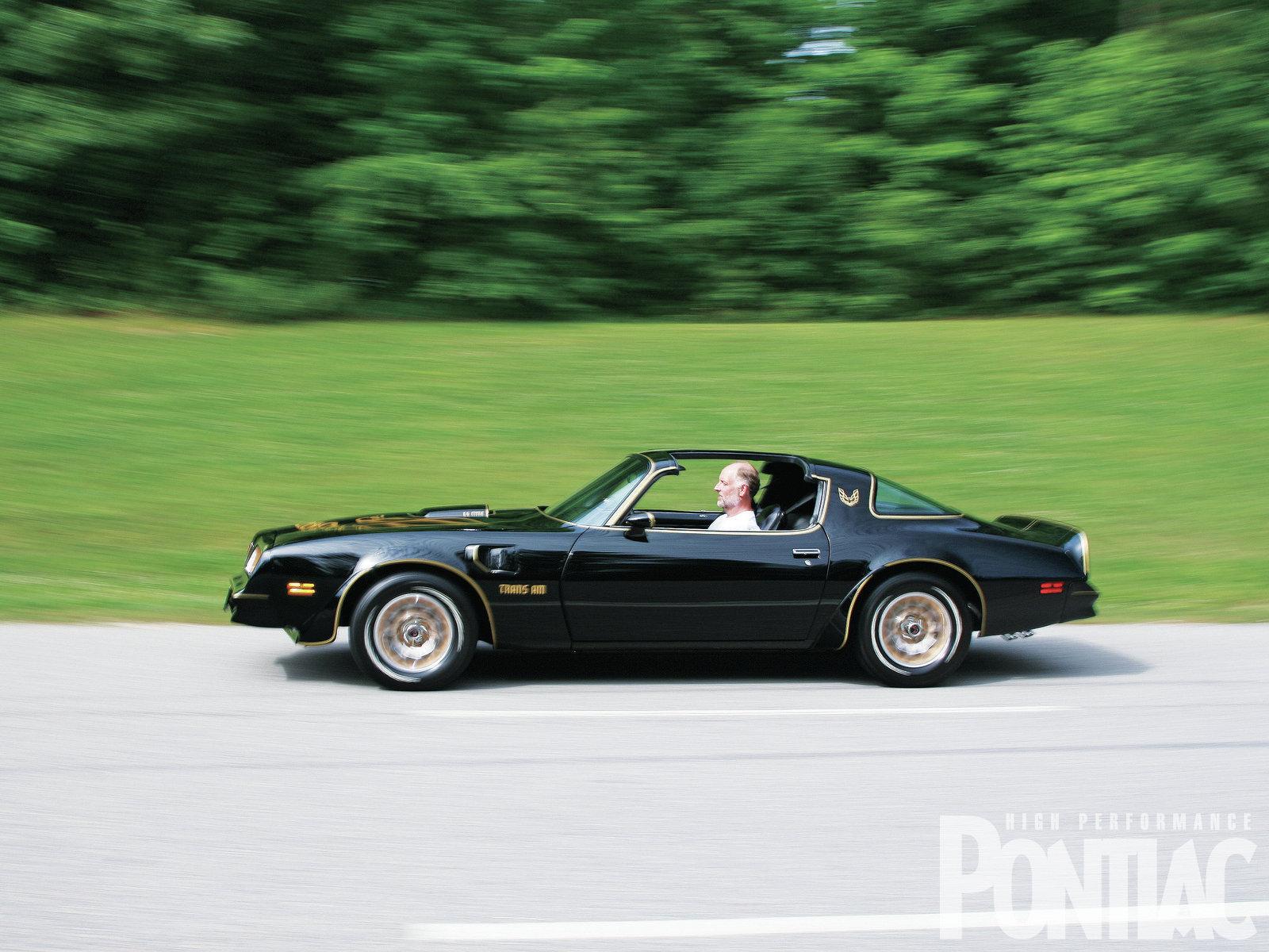 1977 Pontiac Trans Am Side 1600x1200