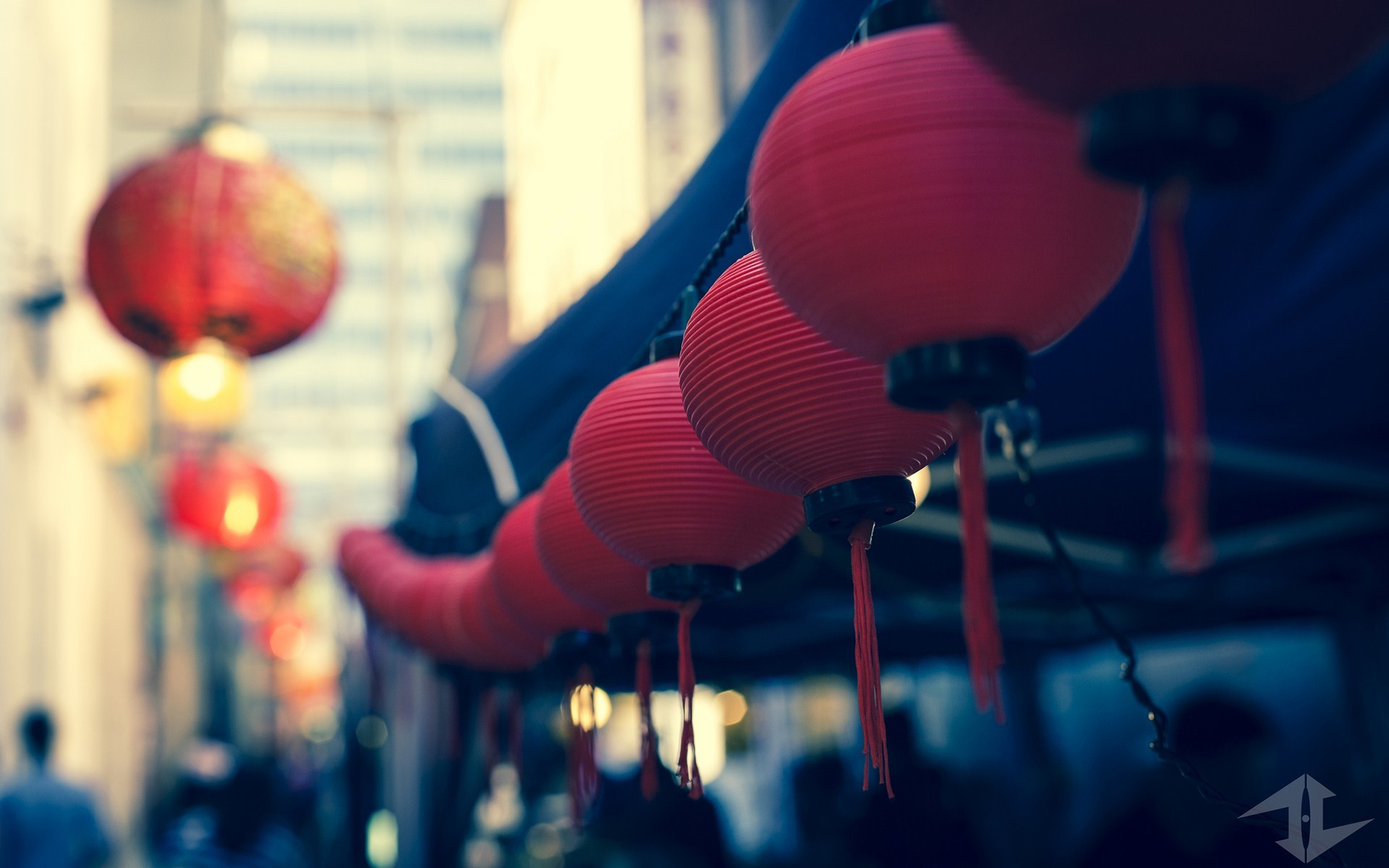 Red Christmas Lanterns