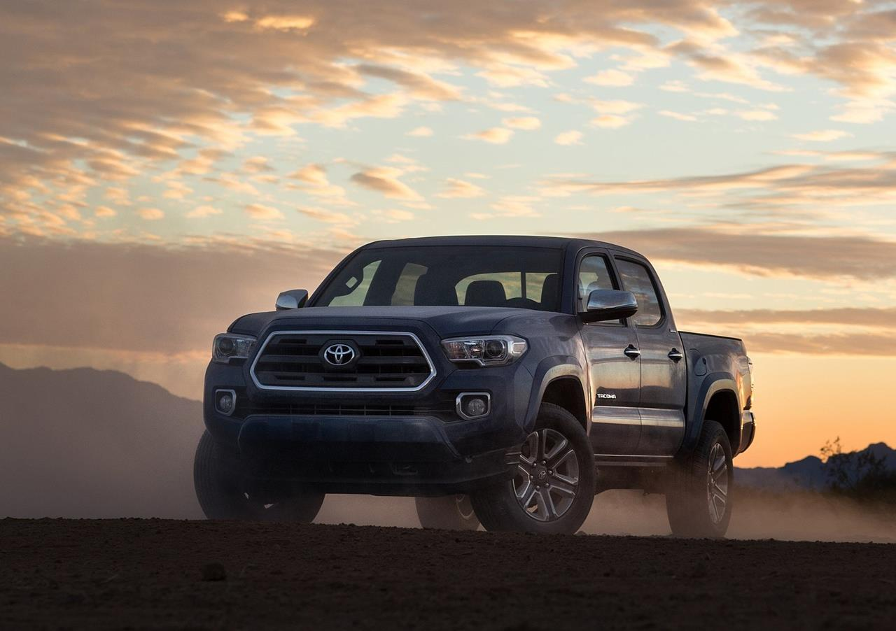 Toyota introduce a new car Toyota Tacoma which is going to make its 1280x902