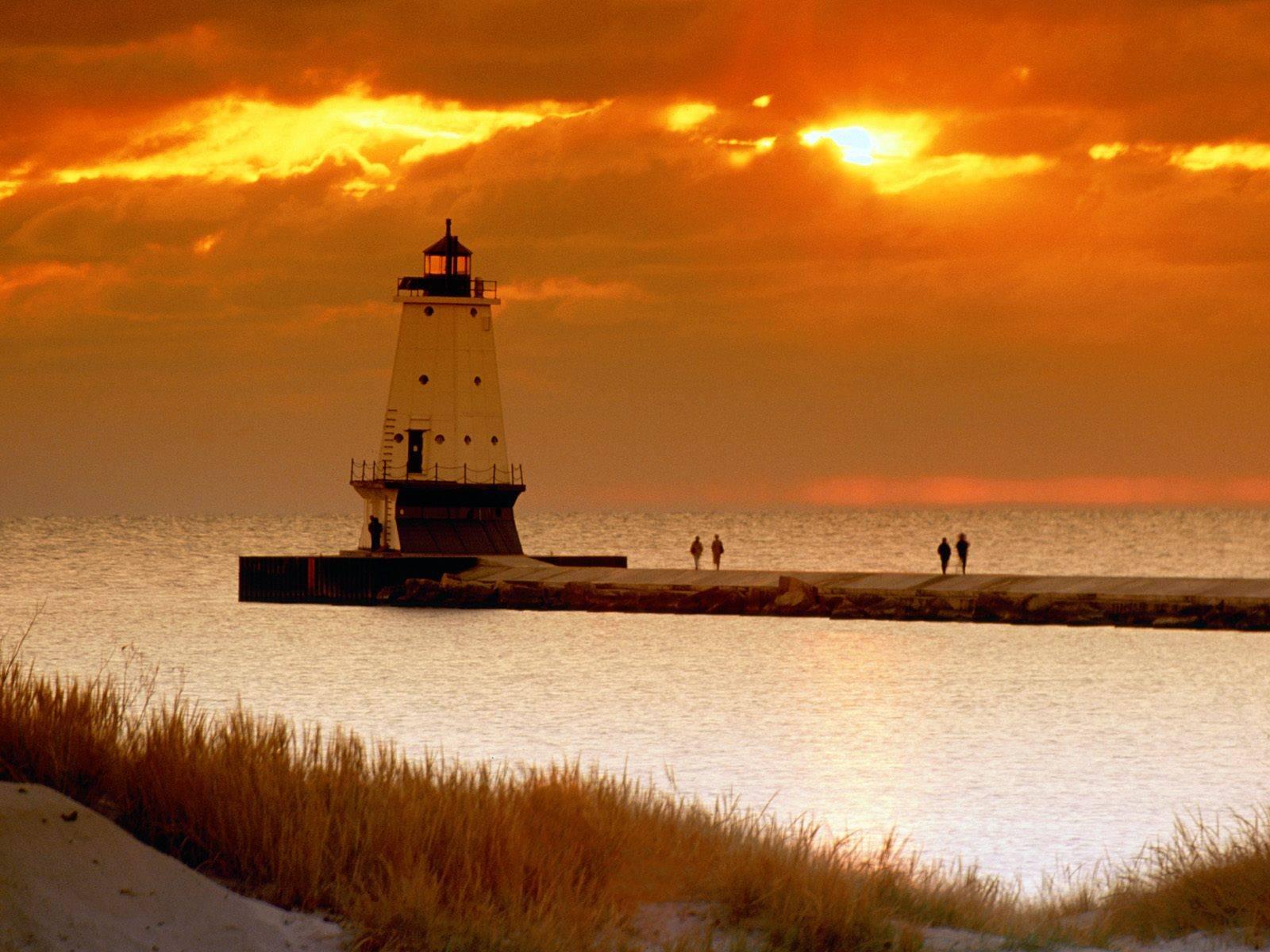 Ludington North Pierhead Lighthouse   Michigan Ludington North 1600x1200