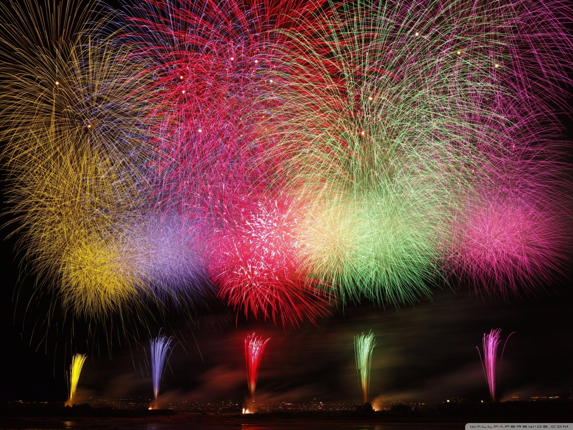 Amazing Fireworks 2020 Ultra HD Desktop Background Wallpaper for 1152x864