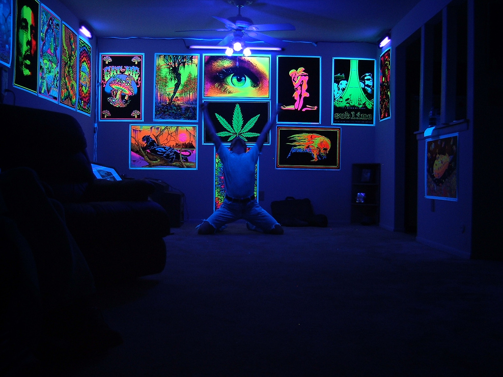 Free download Black Light Room 1453566780 b0569bd690 bjpg ...