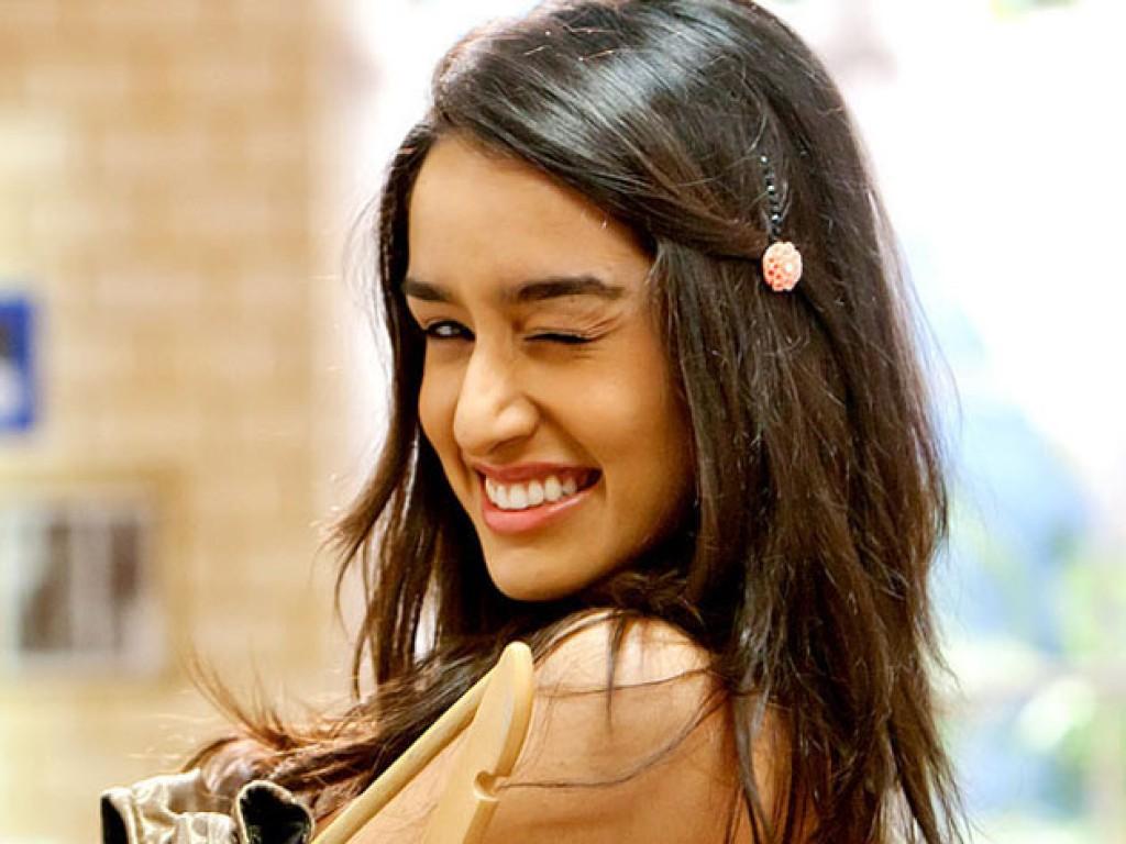 Shraddha Kapoor   Bollywood   Actress Wallpapers Download FREE 1024x768