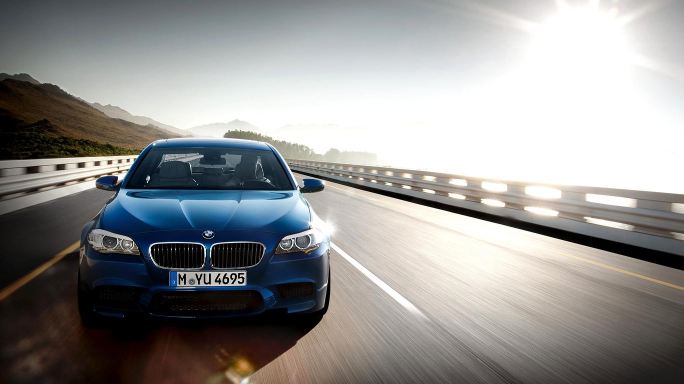 2015 BMW M5 wallpaper 22673 1366x768
