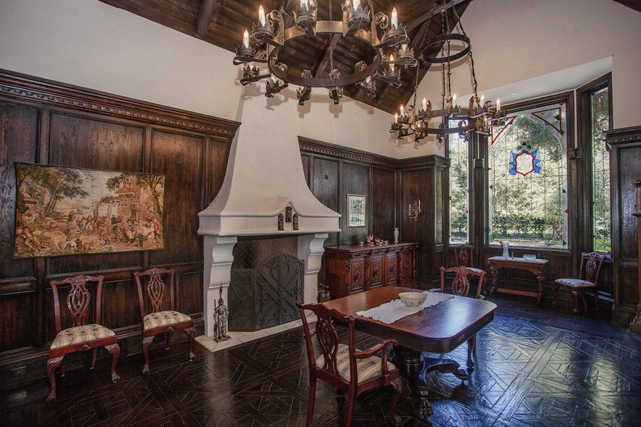 48 English Tudor Wallpaper On Wallpapersafari