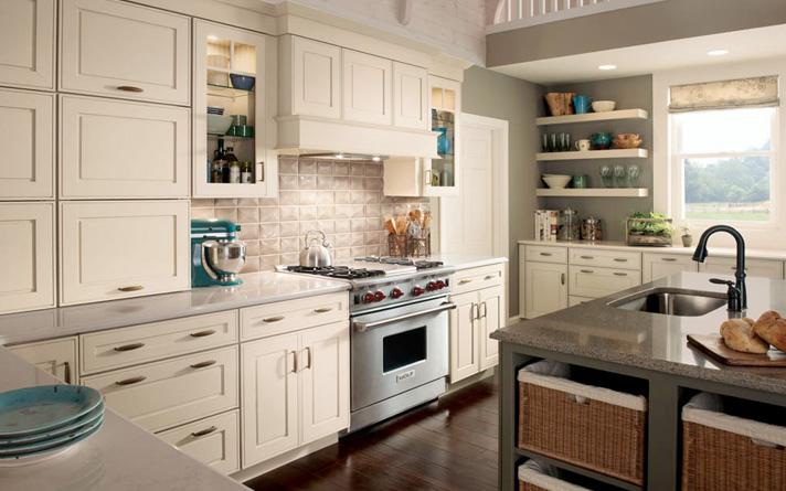 Modern Farmhouse Kitchen Design 712x445