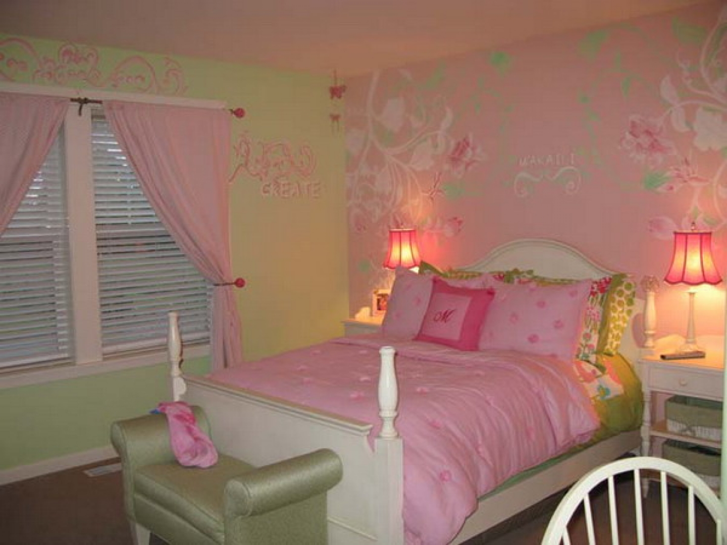 Bedroom Wallpaper Designs Ideas