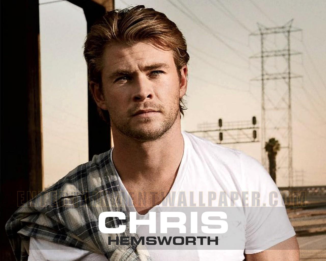 Chris Hemsworth   Chris Hemsworth Wallpaper 30822817 1280x1024