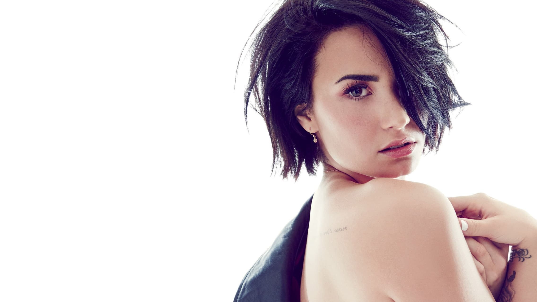 Demi Lovato 20 Wallpapers HD Desktop High Resolution 2271x1277