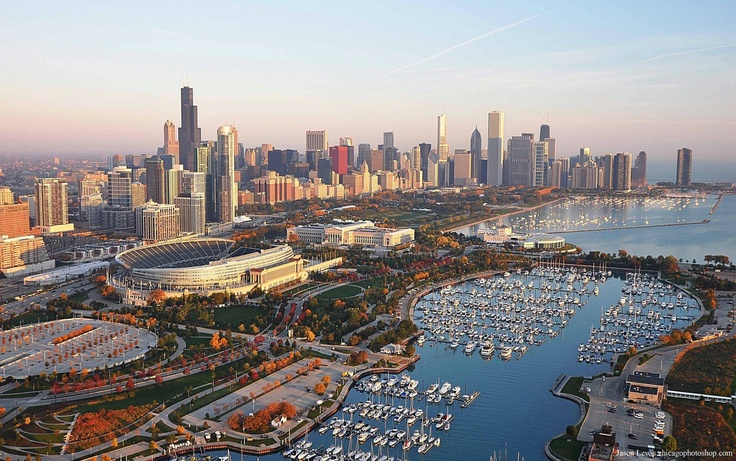 Soldier Field and Chicago skyline chicago bears Pinterest 736x461