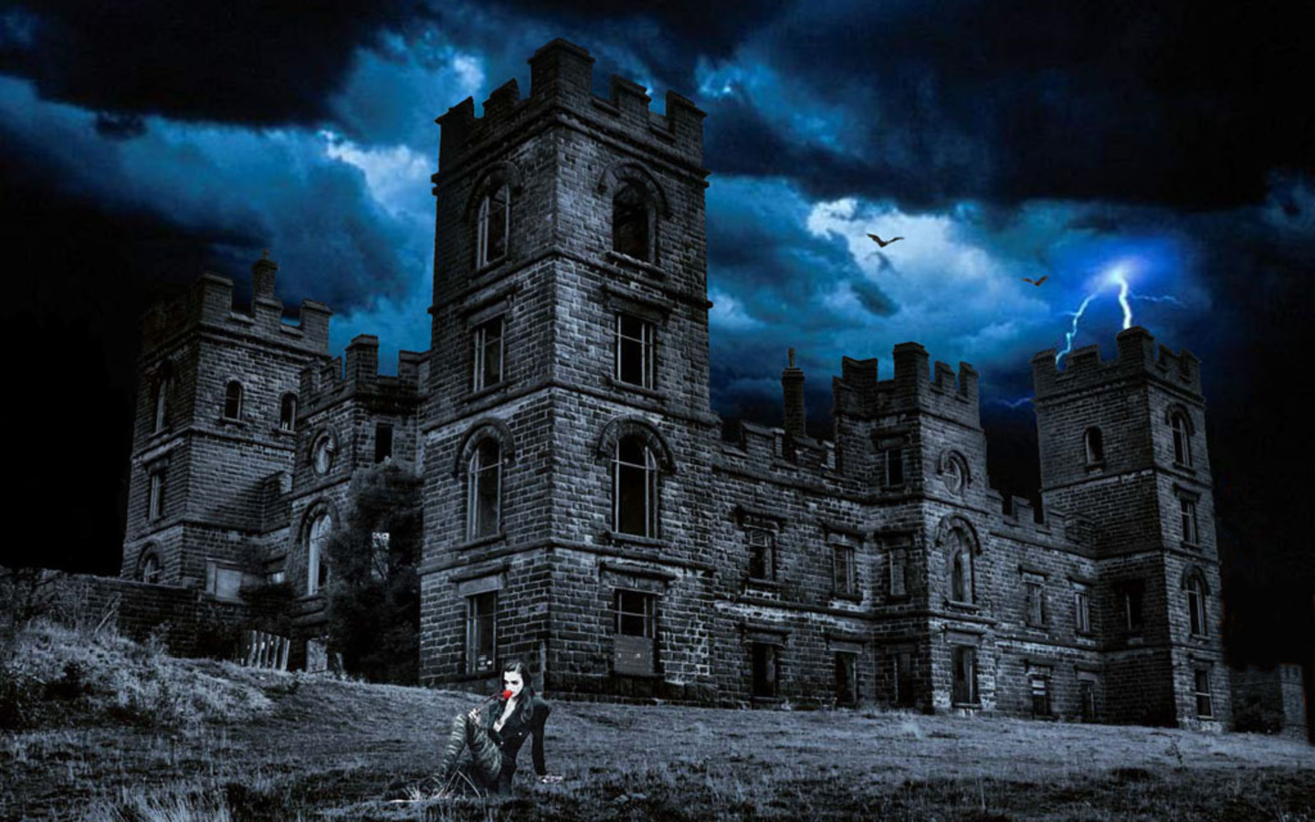 Free animated haunted house wallpaper wallpapersafari for Unusual wallpaper for home