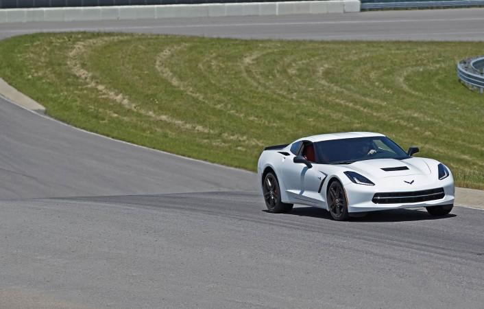 2015 Corvette Stingray Pc Wallpaper Download Attachment 1670 706x450