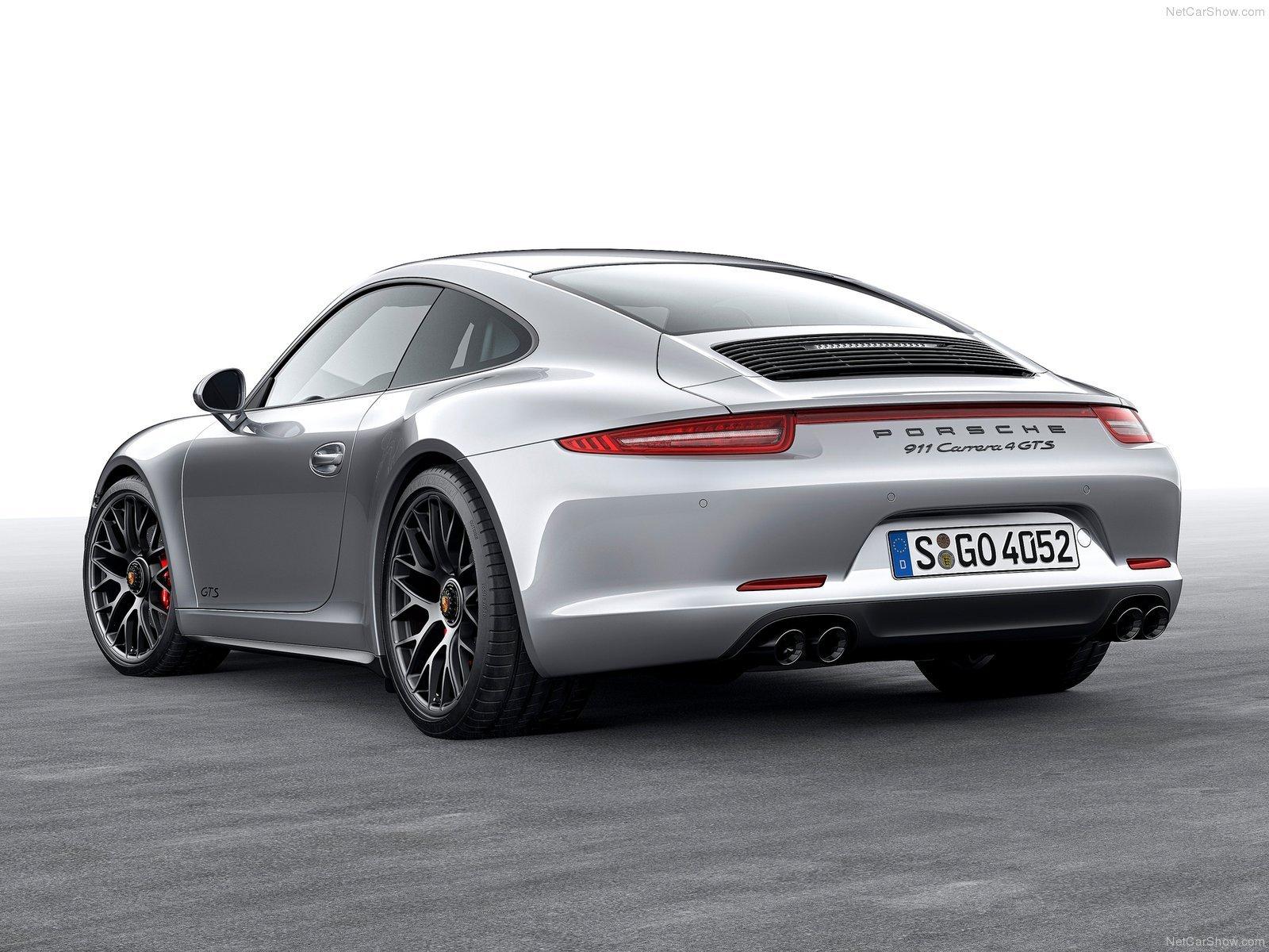 38+] 2017 Porsche 911 GTS Wallpaper on