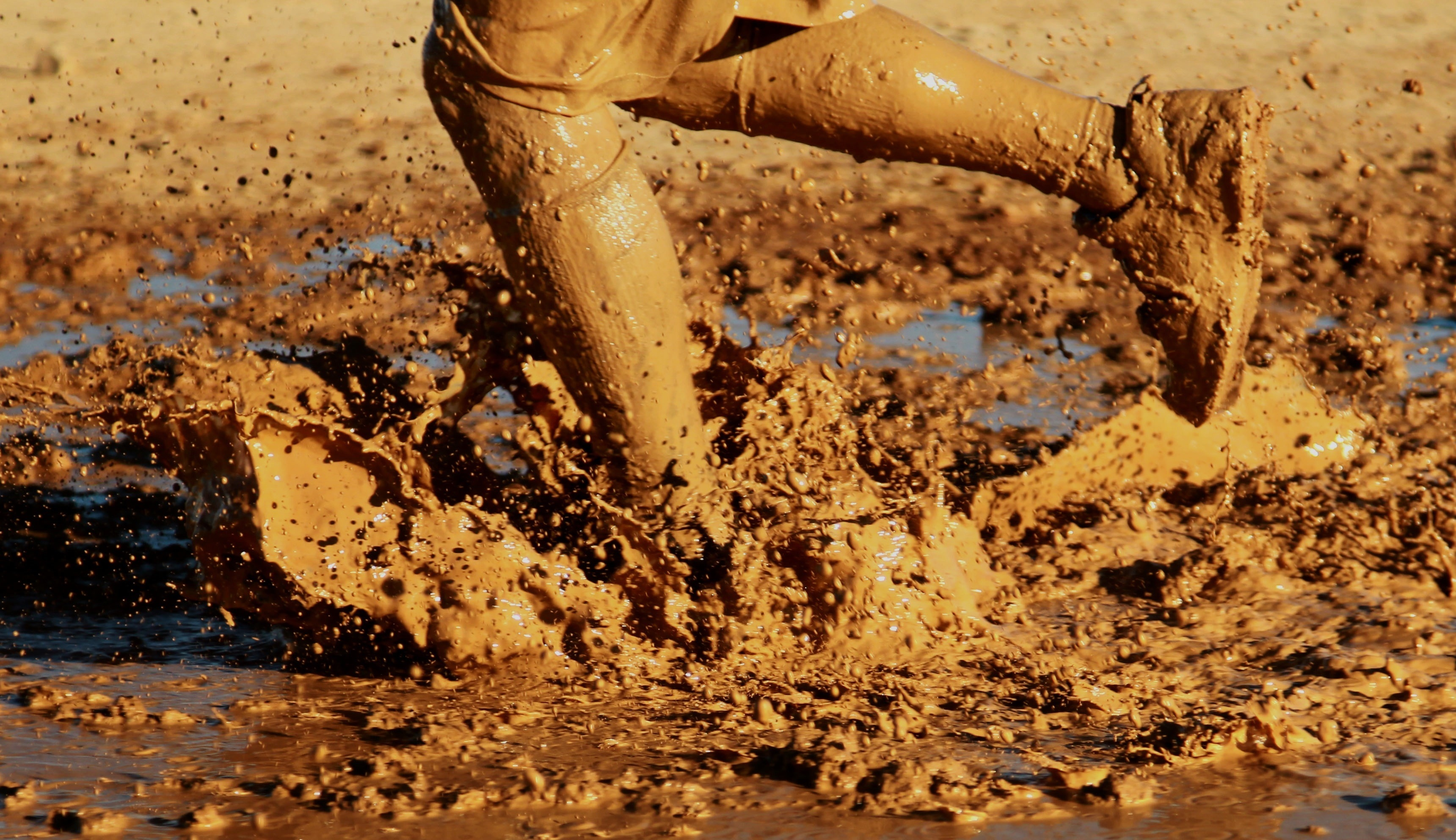 Running Water Outside Mud Muddy mud no people image 3440x1984