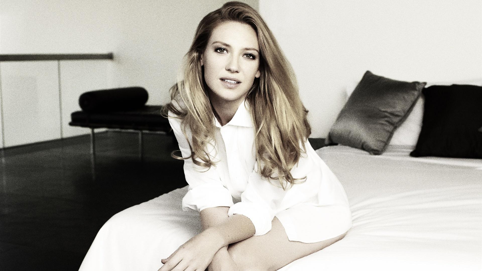 Anna Torv Actress Full HD Desktop Wallpapers 1080p 1920x1080