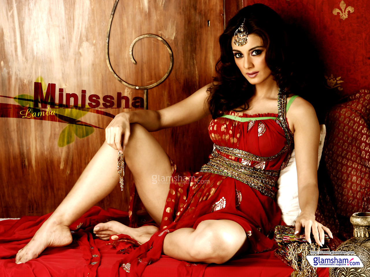 49 desktop wallpapers bollywood on wallpapersafari - Desi actress wallpaper ...