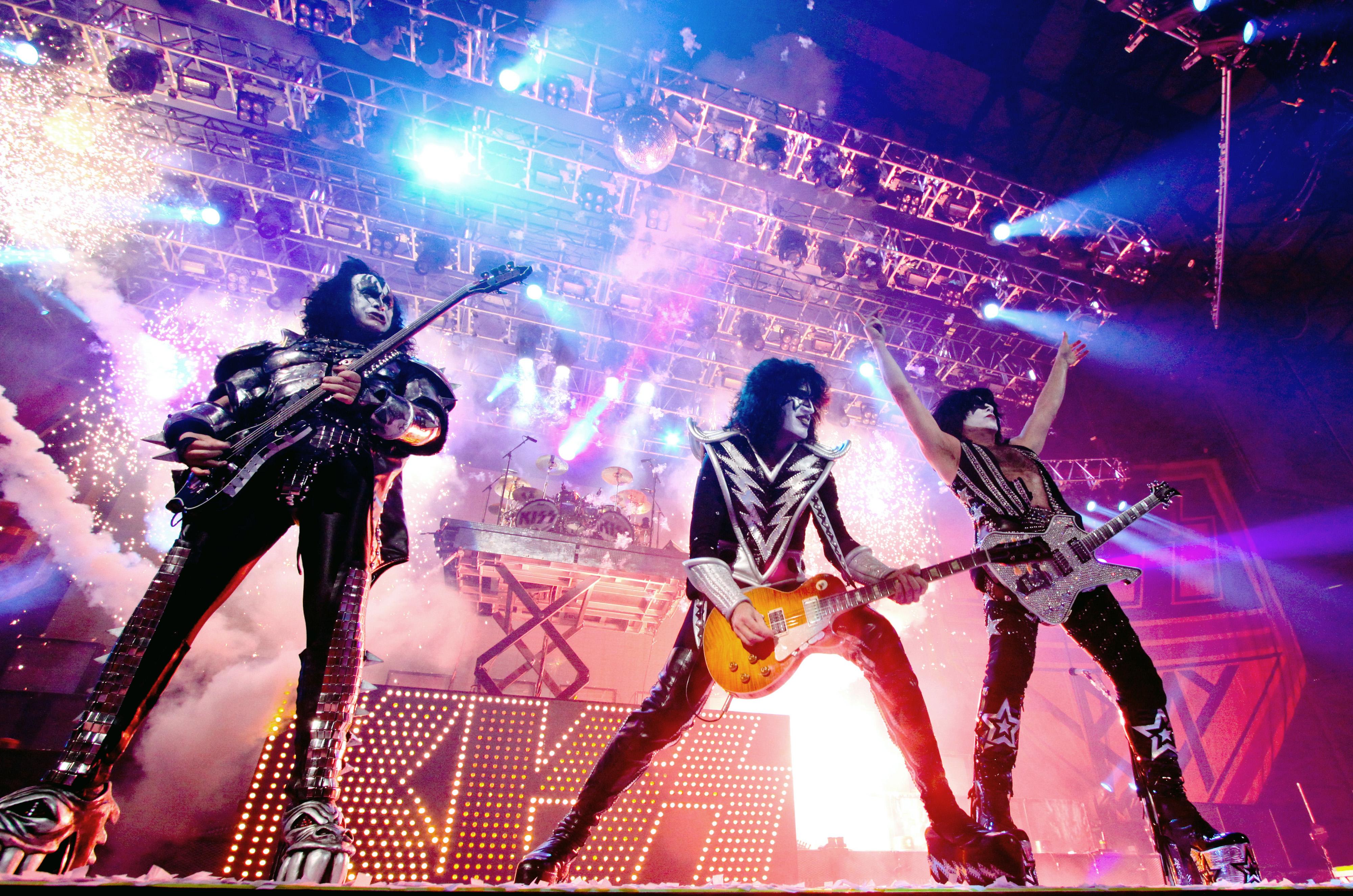 Kiss heavy metal rock bands concert guitar k wallpaper background 4000x2650