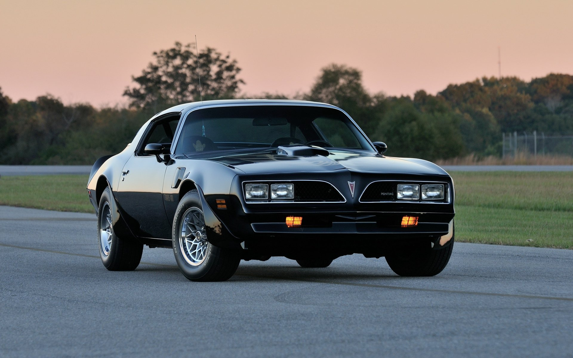 Download wallpaper 1920x1200 pontiac firebird trans am ws6 1920x1200