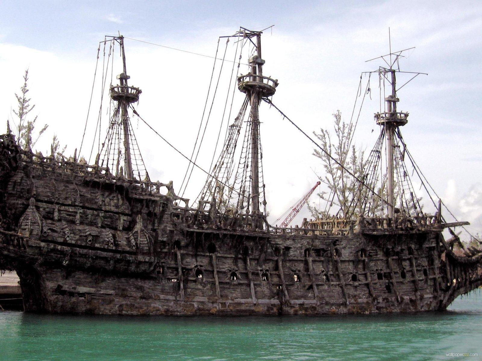 Hd Pirate Ship Wallpaper: Pirate Ship Wallpaper