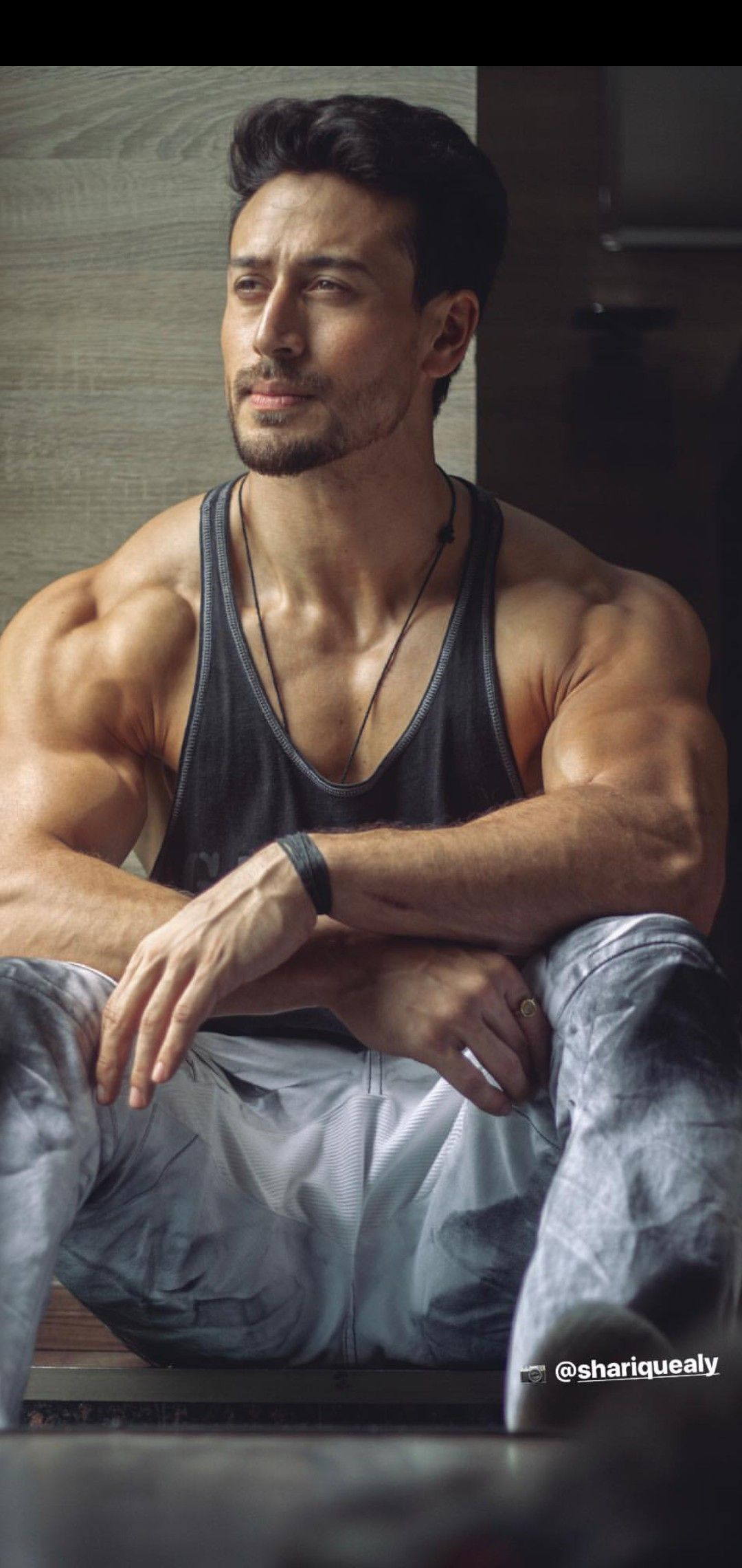 Tiger shroff Bollywood celebrities in 2019 Tiger shroff 1080x2280