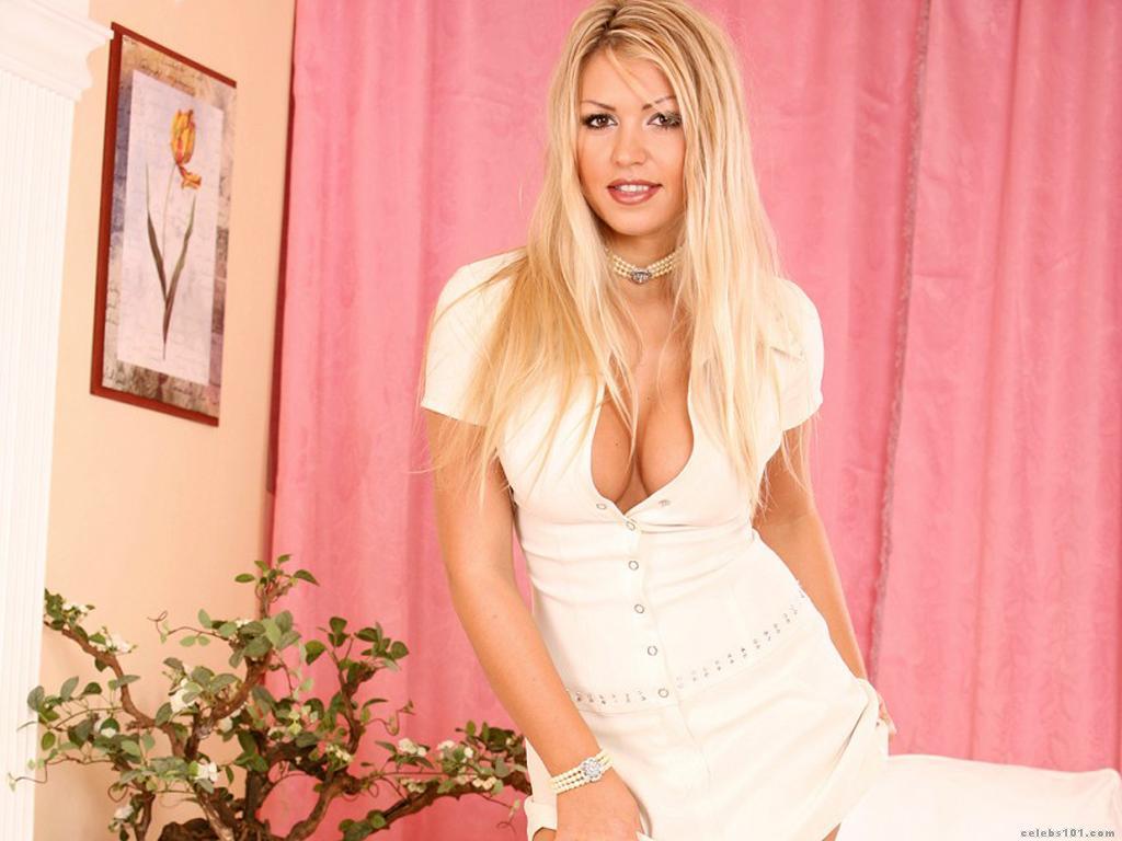 Anette Dawn Nude Photos 23