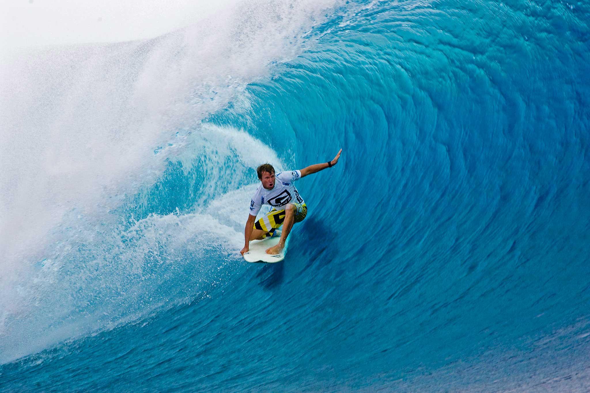 Surf Waves Wallpaper HD wallpaper background 2048x1366