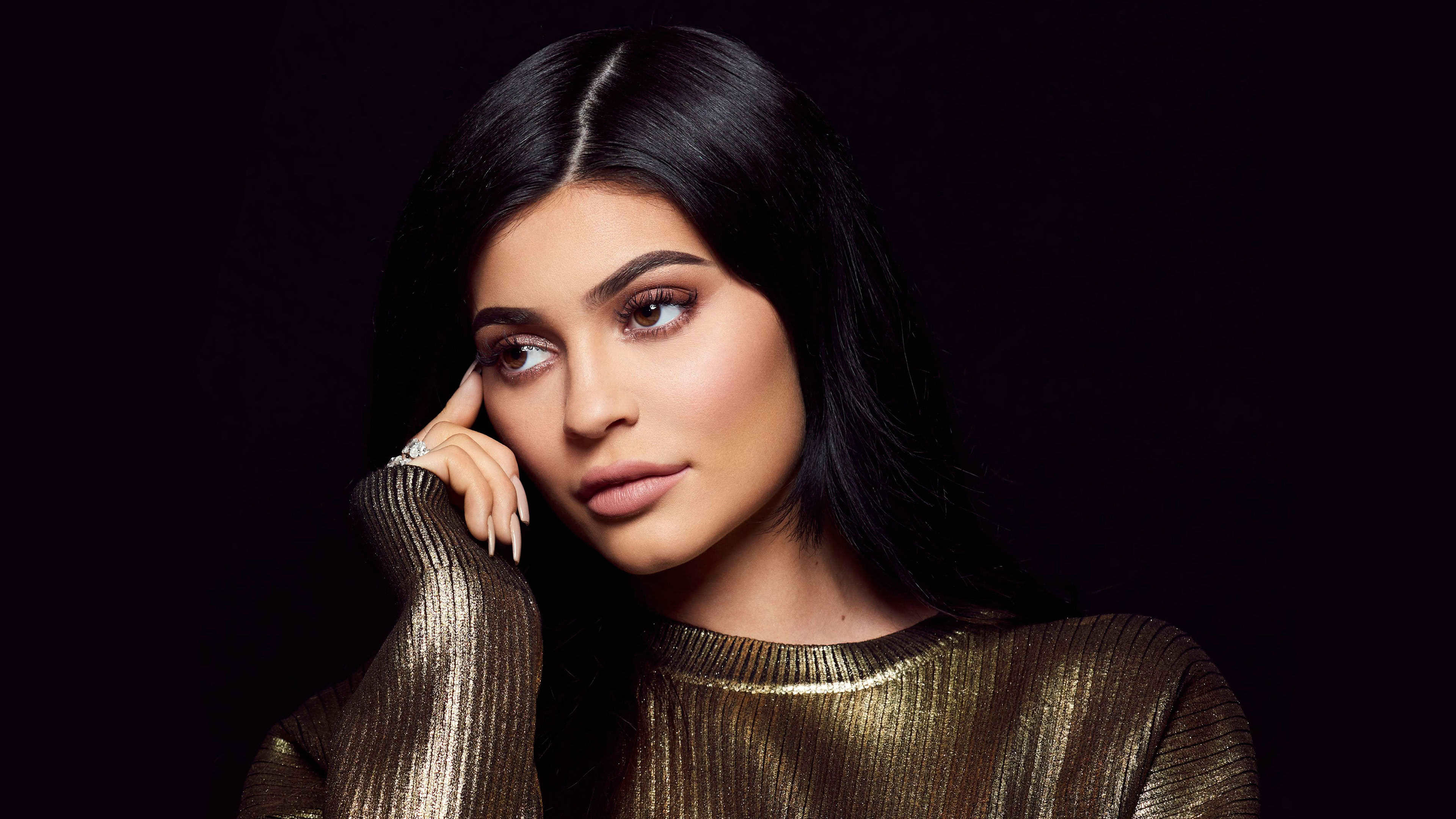 19 Kylie Jenner 2019 Wallpapers On Wallpapersafari