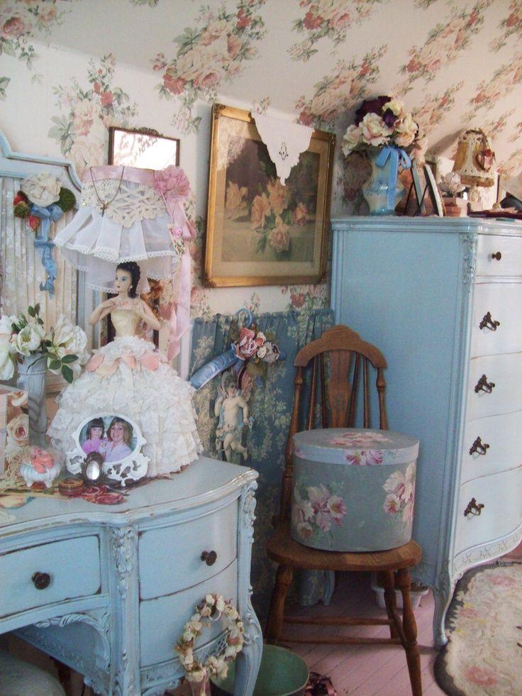 47 shabby chic bedroom wallpaper on wallpapersafari