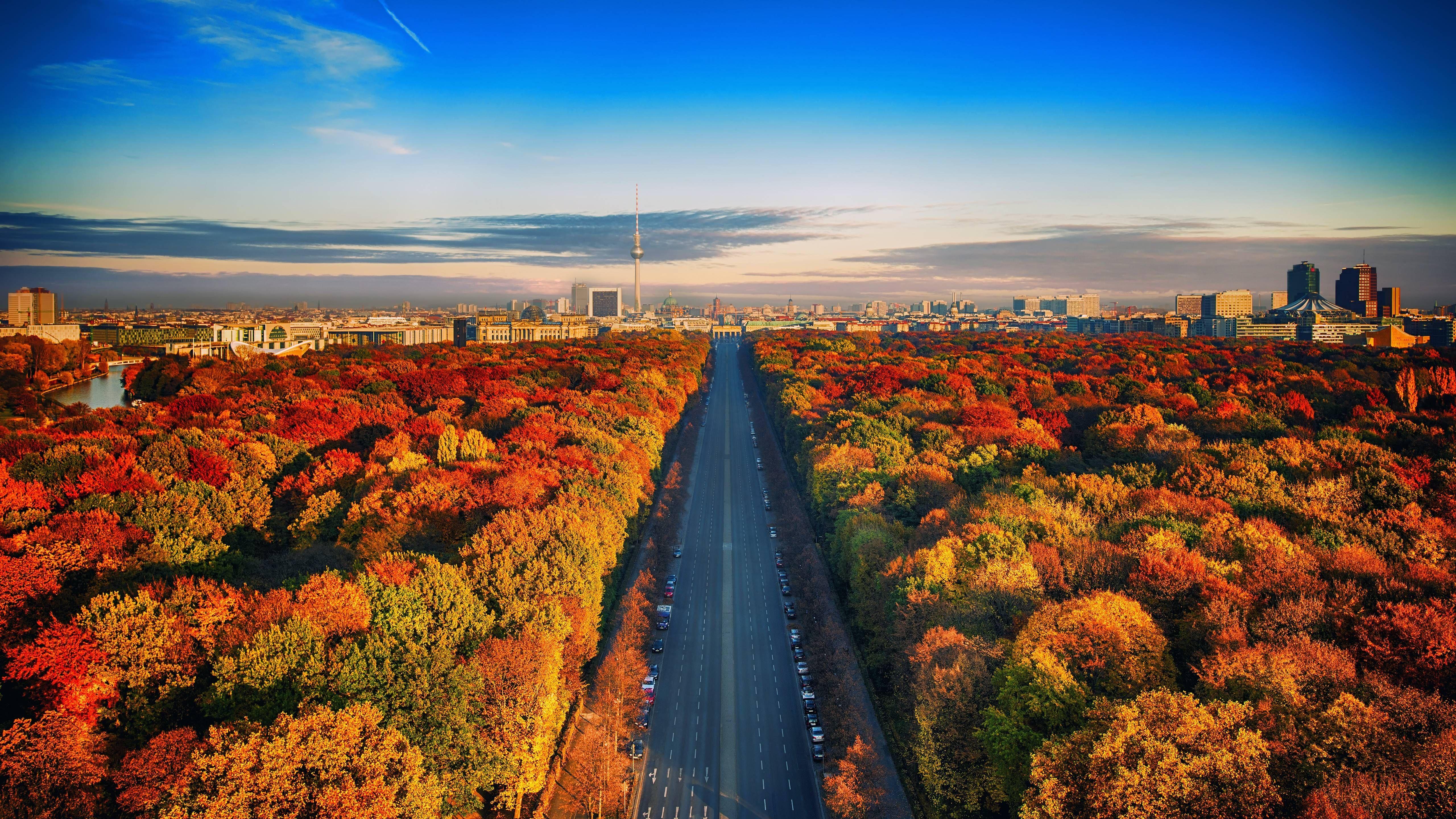Autumn HD Wallpaper [5120 x 2880] WALLPAPERS Cityscape 5120x2880