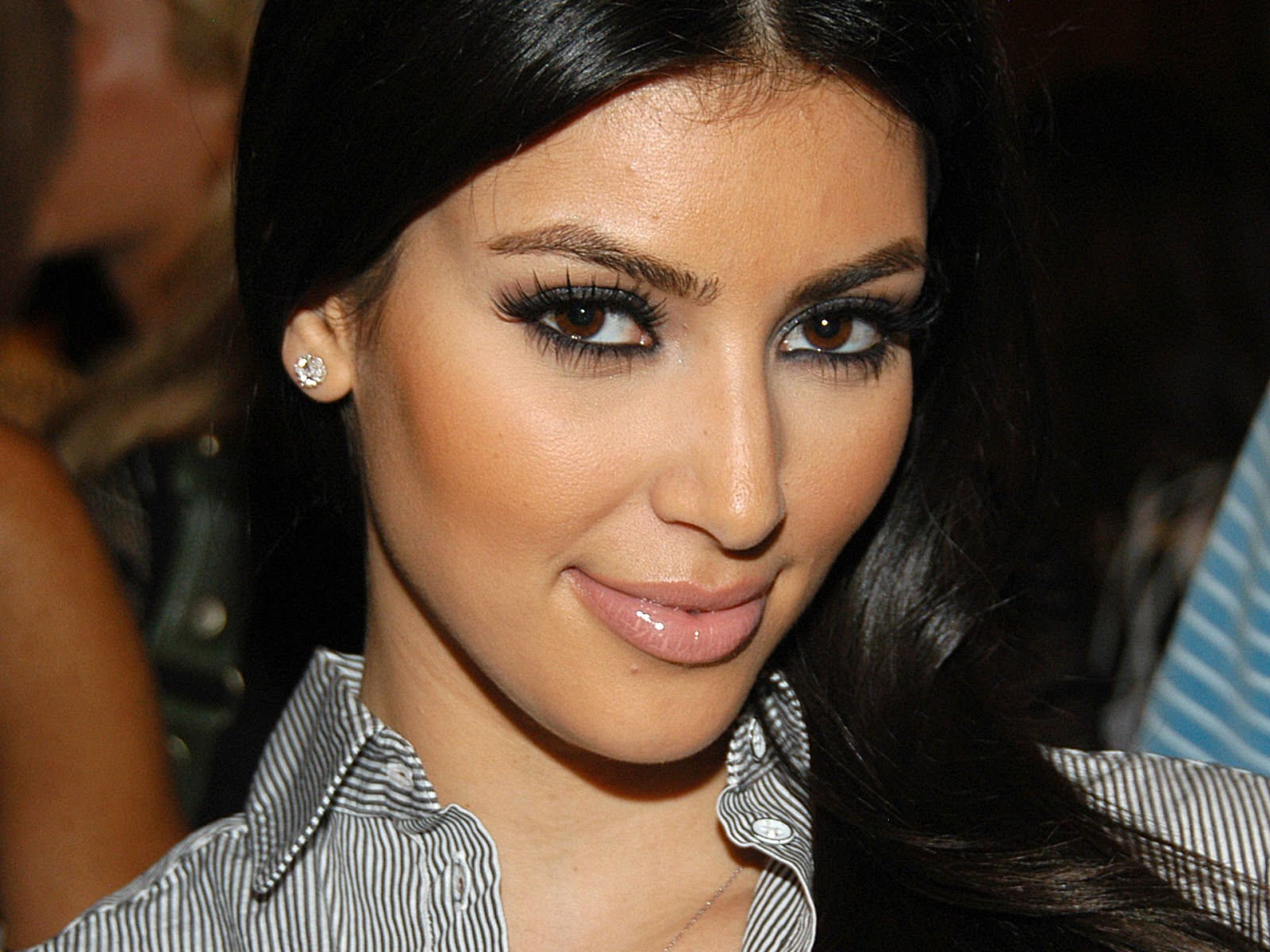 Hollywood Actress Kim Kardashian Hottest HD Wallpapers 2013 1600x1200