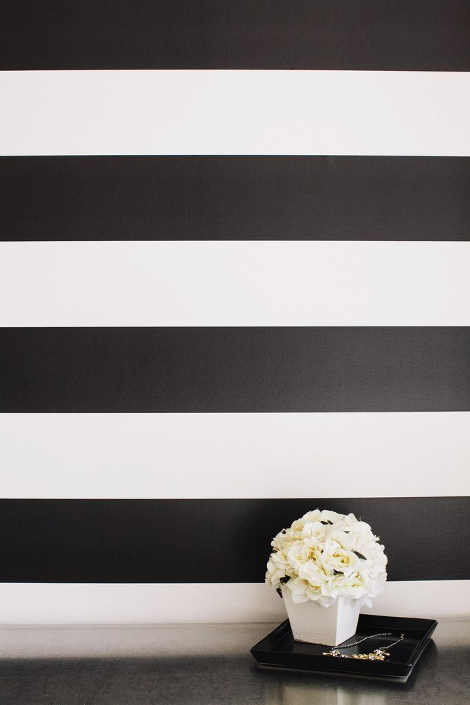 Black And White Temporary Wallpapers Wallpaper Designs Black White 683x1024