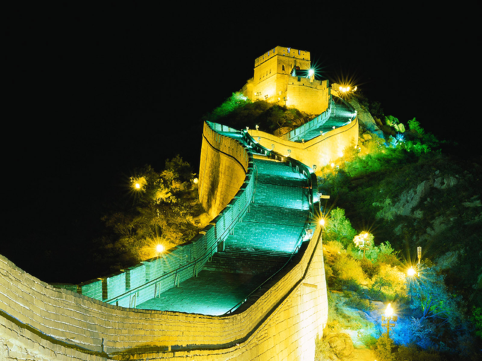 Great Wall by Night Wallpaper   SaversPlanetcom 1600x1200