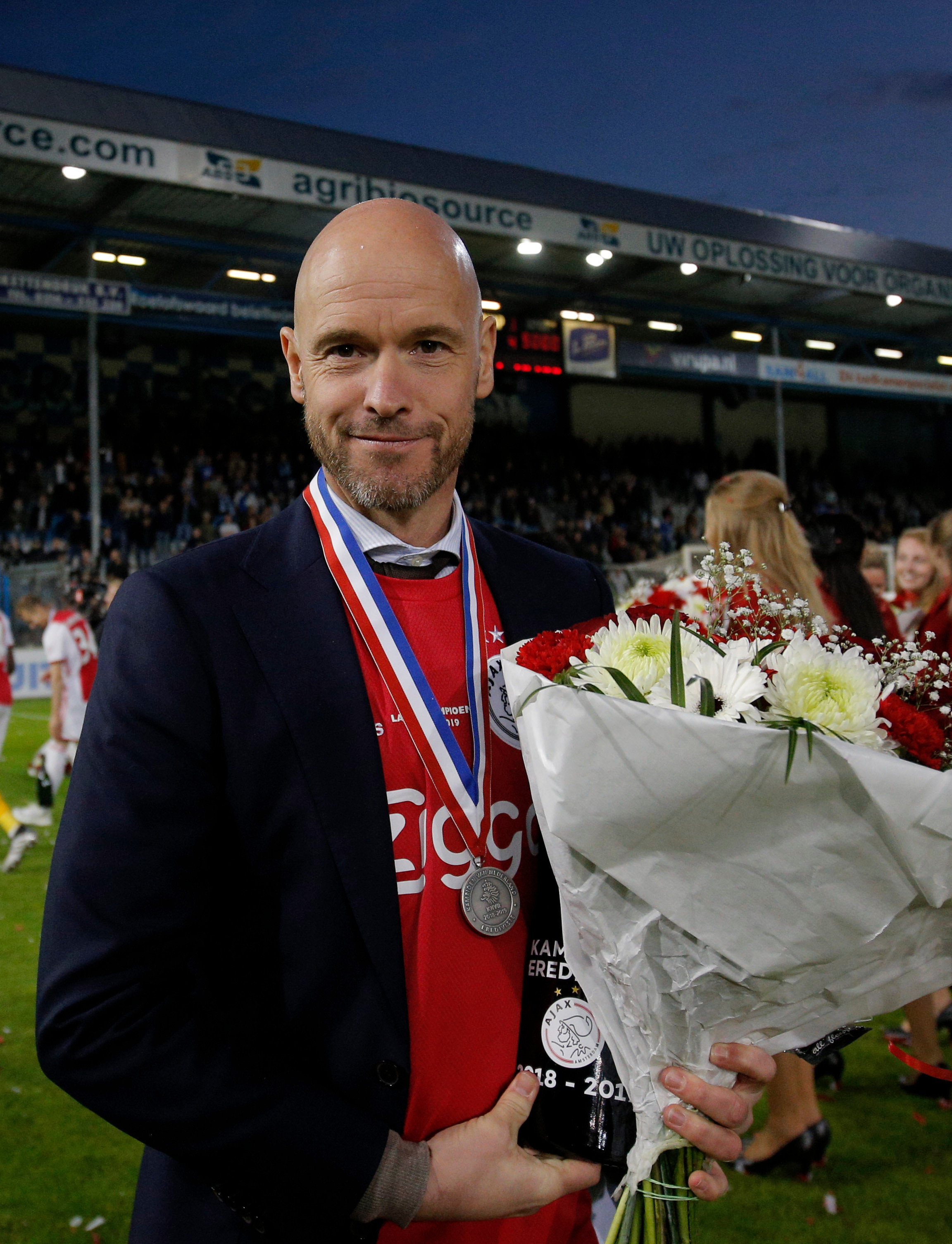 Highly rated Ajax manager Erik ten Hag signs new contract until 2304x3012