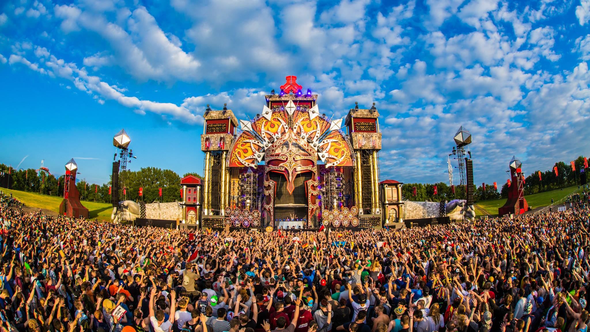 Your comprehensive weekend warriors guide to Defqon1 2048x1152
