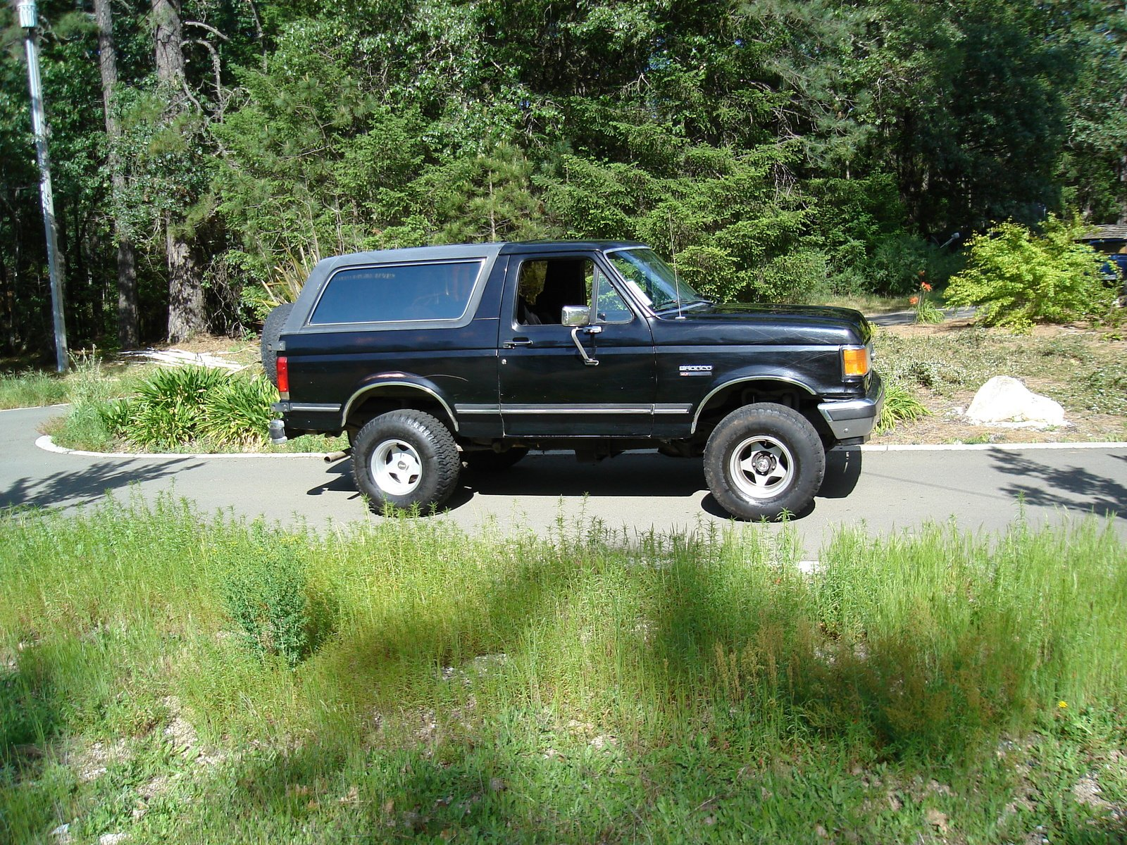 FORD BRONCO suv 4x4 truck wallpaper background 1600x1200