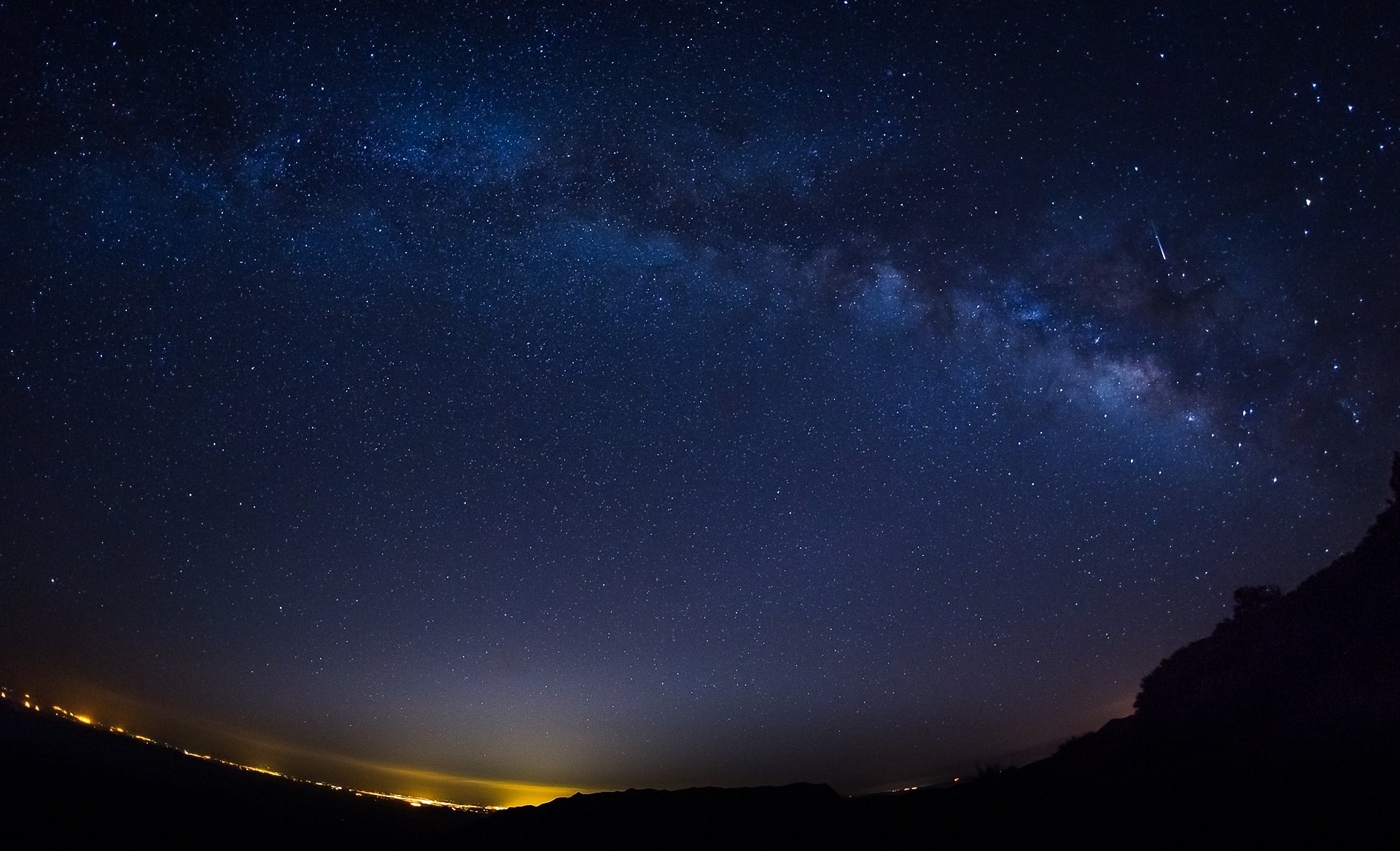 Night stars starry sky wallpaper 1920x1168 247280 1920x1168