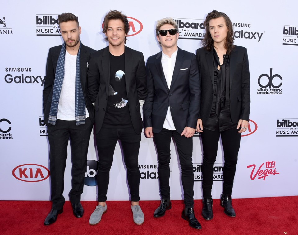 One Direction Walk First Red Carpet As A Foursome Dedicate Billboard 959x754
