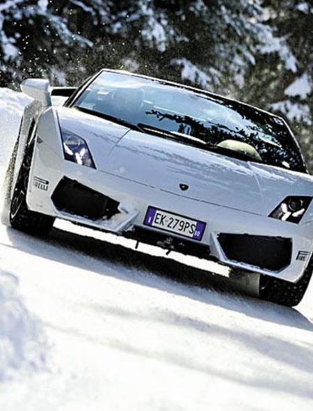 Lamborghini in the Snow Wallpaper for Amazon Kindle Fire 450x590