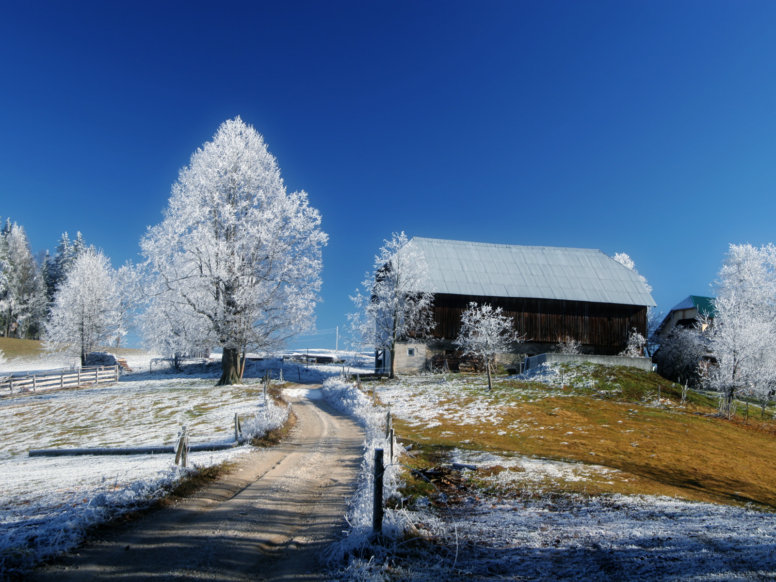 Winter Barn Scenes Wallpaper Wallpapersafari